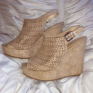 Chinese Laundry laser cut nude wedges